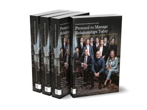 Um livro indispensável sobre o protocolo do século XXI